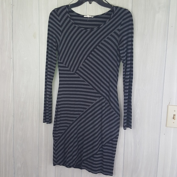 Mystree Dresses & Skirts - Cute Gray and Black Bodycon long sleeve dress sz S